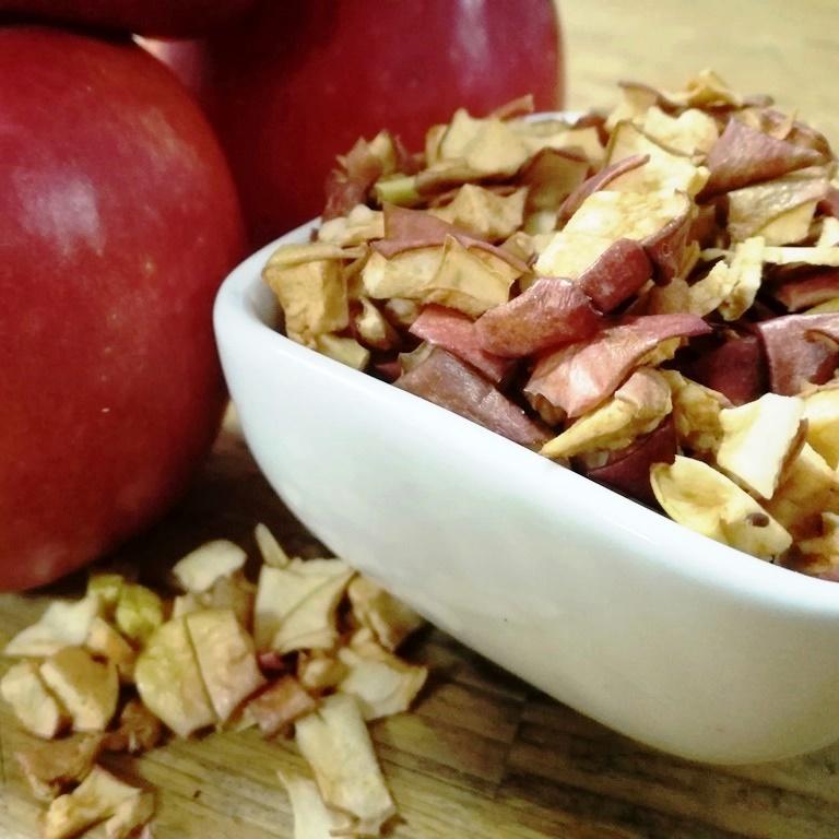 Sušena jabuka Cripps Pink komadići
