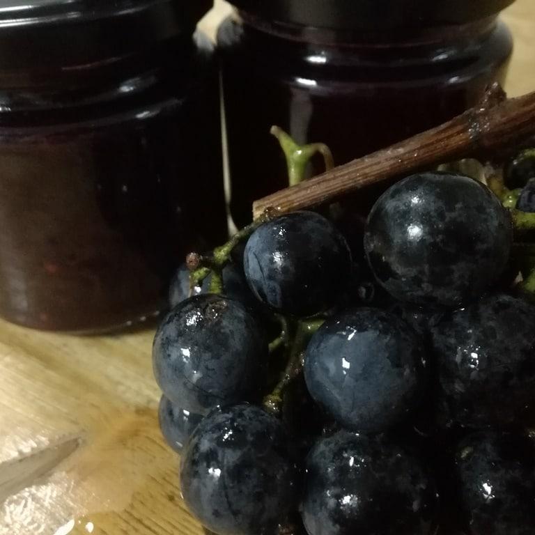 Crno grožđe domae slatko